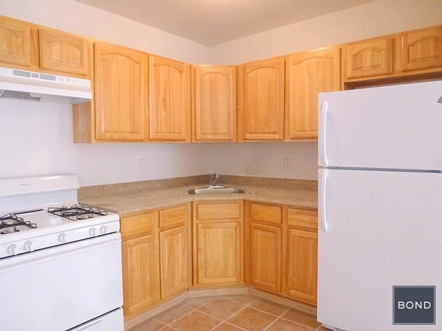 3 Bedrooms, Longwood Rental in NYC for $2,450 - Photo 2