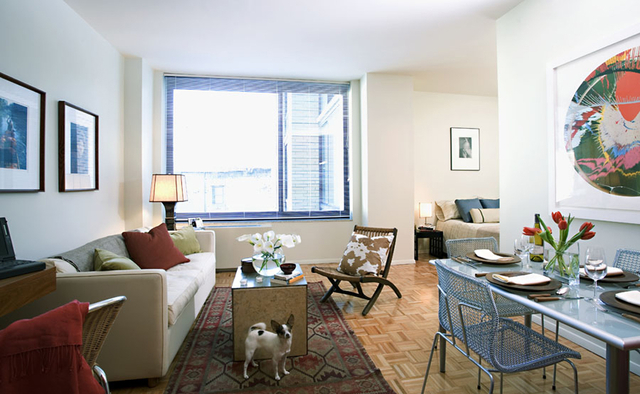 2 Bedrooms, Chelsea Rental in NYC for $6,509 - Photo 2