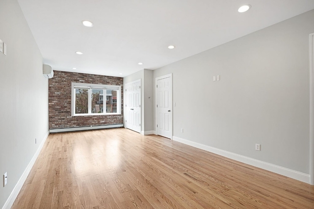 3 Bedrooms, Maspeth Rental in NYC for $4,995 - Photo 2
