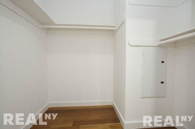 1 Bedroom, Alphabet City Rental in NYC for $2,933 - Photo 2