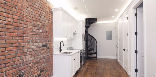 2 Bedrooms, Brooklyn Heights Rental in NYC for $4,920 - Photo 2
