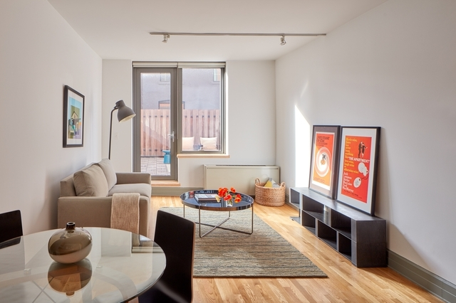1 Bedroom, Cobble Hill Rental in NYC for $4,225 - Photo 2