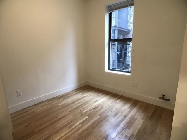 3 Bedrooms, Gramercy Park Rental in NYC for $3,800 - Photo 2