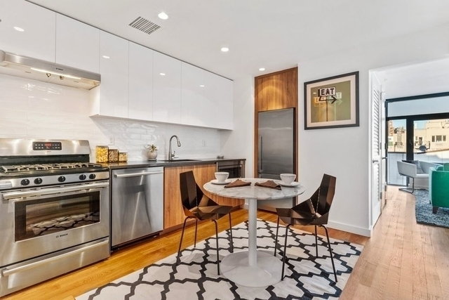 2 Bedrooms, Williamsburg Rental in NYC for $4,500 - Photo 2