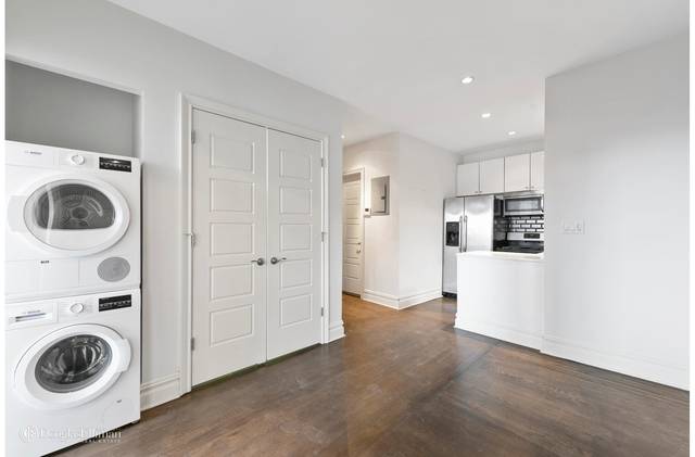 2 Bedrooms, Greenpoint Rental in NYC for $3,390 - Photo 1