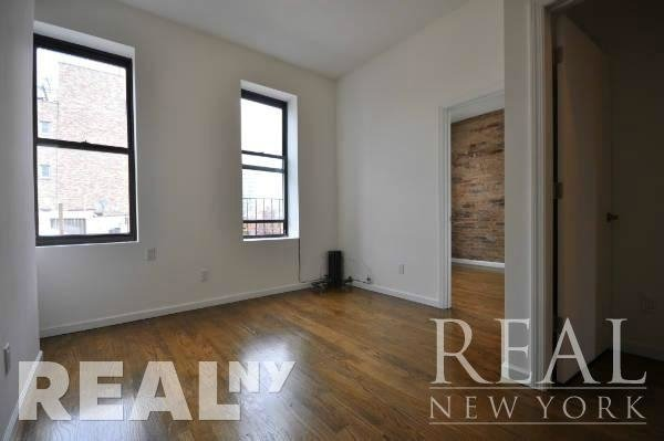 3 Bedrooms, Lower East Side Rental in NYC for $4,338 - Photo 2