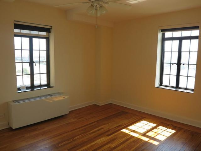 1 Bedroom, Tudor City Rental in NYC for $3,300 - Photo 2
