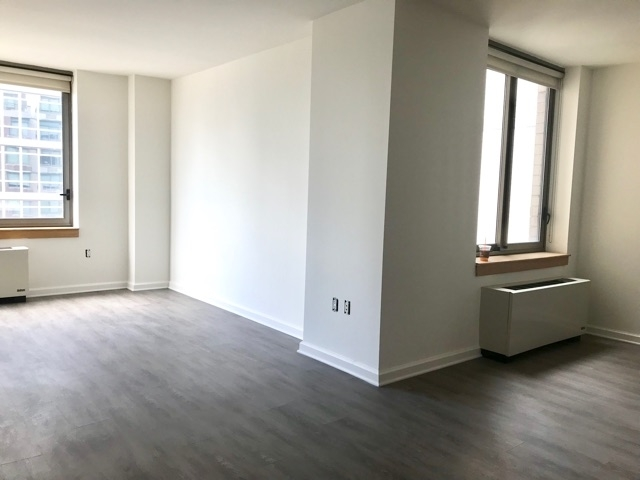 3 Bedrooms, Koreatown Rental in NYC for $6,400 - Photo 1