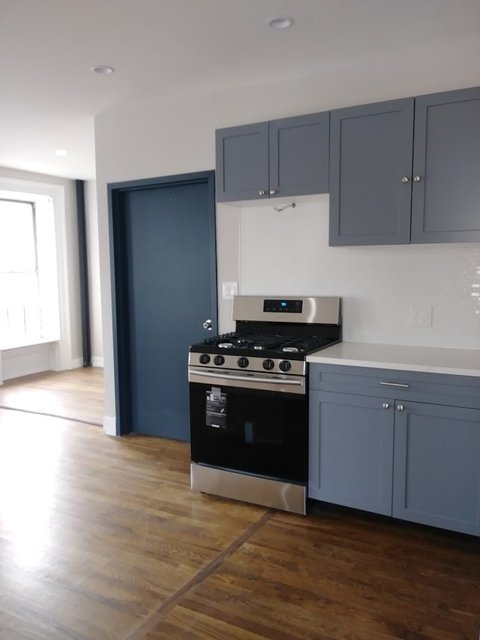 2 Bedrooms, Crown Heights Rental in NYC for $2,595 - Photo 2