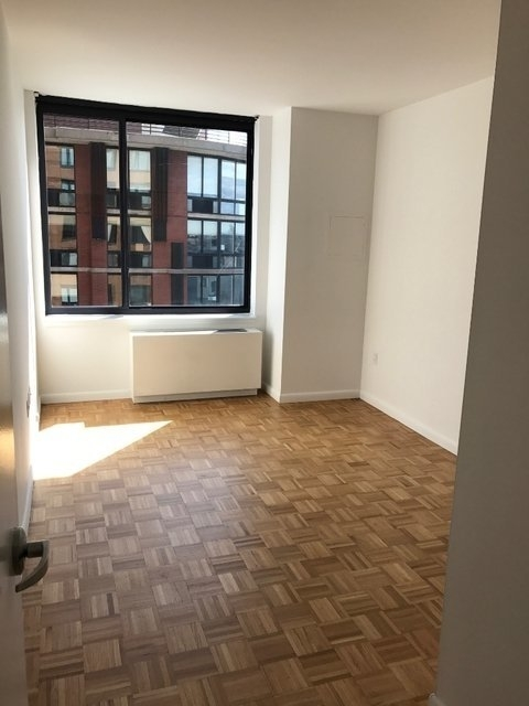2 Bedrooms, Tribeca Rental in NYC for $4,100 - Photo 2