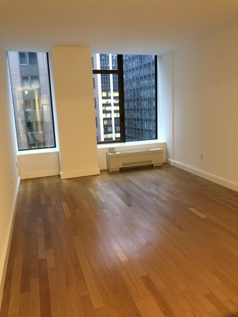 Studio, Financial District Rental in NYC for $2,905 - Photo 2