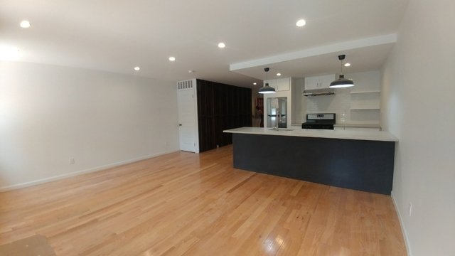 3 Bedrooms, Sunset Park Rental in NYC for $4,000 - Photo 1