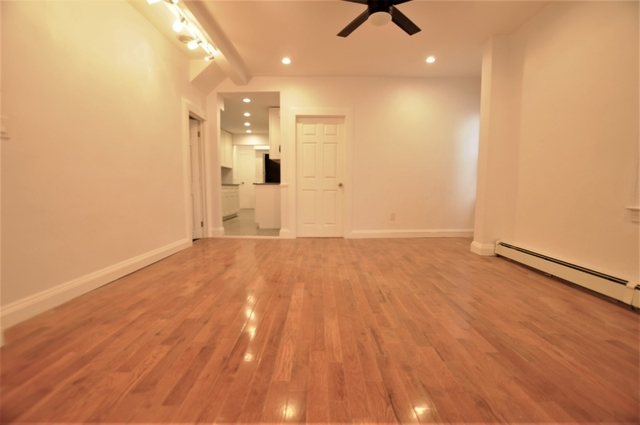 3 Bedrooms, Richmond Hill Rental in NYC for $2,399 - Photo 1