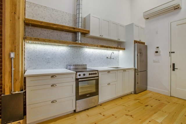 2 Bedrooms, Williamsburg Rental in NYC for $6,200 - Photo 1
