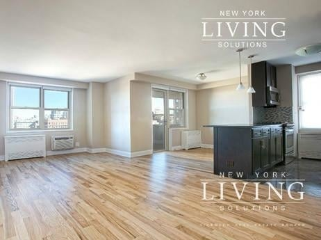 2 Bedrooms, Tribeca Rental in NYC for $5,800 - Photo 2