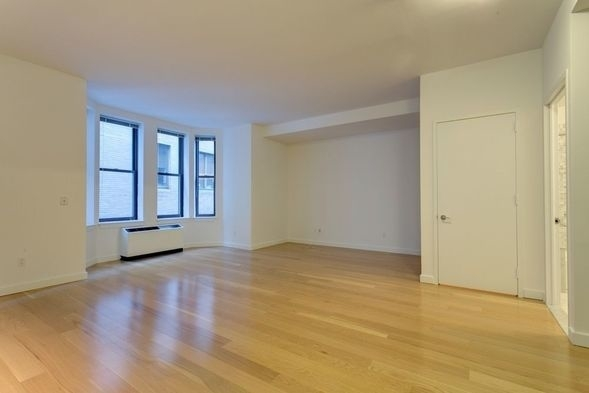 Studio, Financial District Rental in NYC for $2,796 - Photo 1