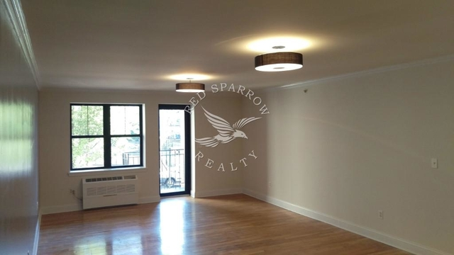 Studio, South Slope Rental in NYC for $2,400 - Photo 1