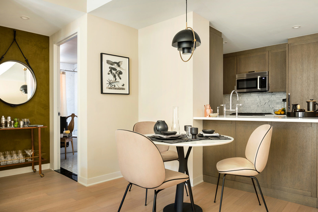 1 Bedroom, Hudson Square Rental in NYC for $5,350 - Photo 2