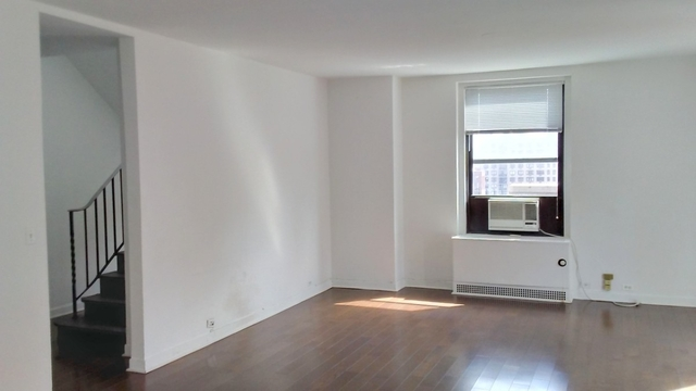 3 Bedrooms, Murray Hill Rental in NYC for $13,500 - Photo 2