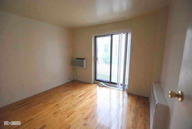 3 Bedrooms, Lenox Hill Rental in NYC for $3,300 - Photo 1