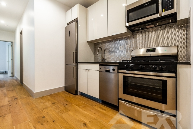 3 Bedrooms, Ocean Hill Rental in NYC for $2,800 - Photo 1