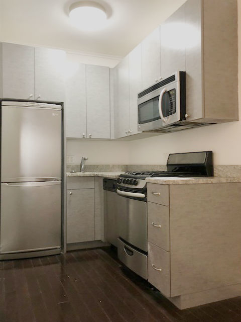 Studio, Yorkville Rental in NYC for $2,249 - Photo 2