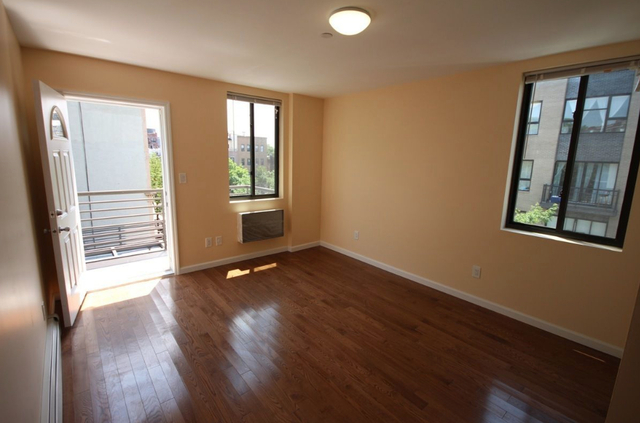 4 Bedrooms, East Williamsburg Rental in NYC for $5,300 - Photo 2