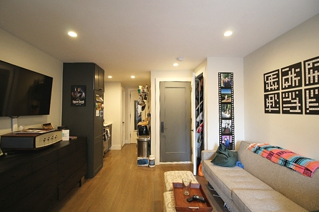 Studio, Gramercy Park Rental in NYC for $3,000 - Photo 2