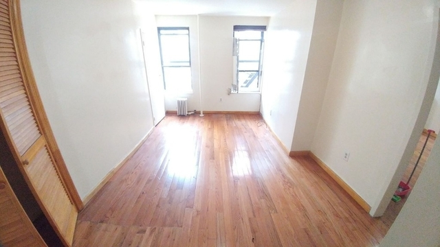 Studio, Chinatown Rental in NYC for $2,000 - Photo 2