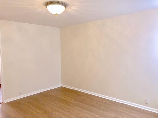 2 Bedrooms, Ridgewood Rental in NYC for $2,000 - Photo 1