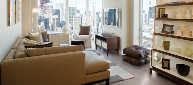 3 Bedrooms, Chelsea Rental in NYC for $7,886 - Photo 2