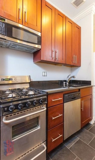 3 Bedrooms, West Village Rental in NYC for $6,460 - Photo 1
