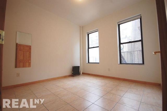3 Bedrooms, Two Bridges Rental in NYC for $3,600 - Photo 2