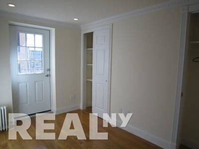 Studio, East Village Rental in NYC for $8,337 - Photo 2