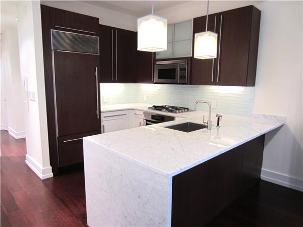 2 Bedrooms, Financial District Rental in NYC for $5,483 - Photo 2
