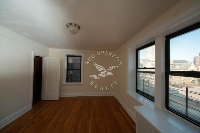 2 Bedrooms, Forest Hills Rental in NYC for $2,383 - Photo 2