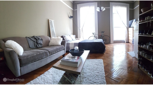 Studio, Carroll Gardens Rental in NYC for $1,900 - Photo 1