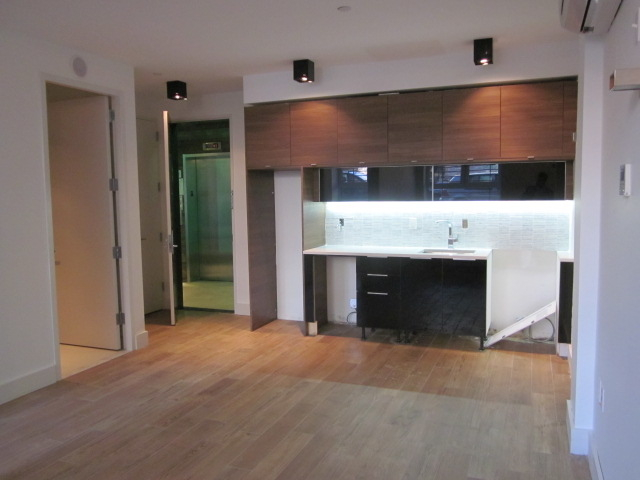 1 Bedroom, East Williamsburg Rental in NYC for $2,595 - Photo 2