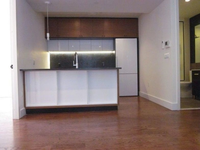 3 Bedrooms, Prospect Lefferts Gardens Rental in NYC for $2,925 - Photo 2
