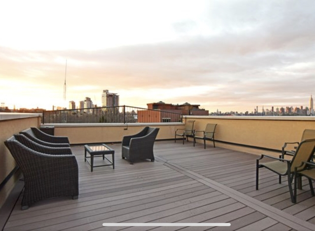 1 Bedroom, Greenpoint Rental in NYC for $2,750 - Photo 1