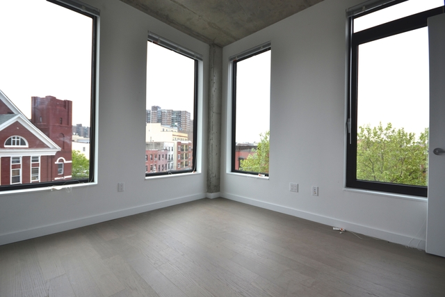 2 Bedrooms, East Williamsburg Rental in NYC for $3,550 - Photo 2