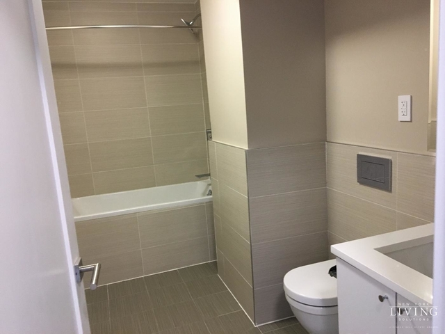 3 Bedrooms, Tribeca Rental in NYC for $6,300 - Photo 2