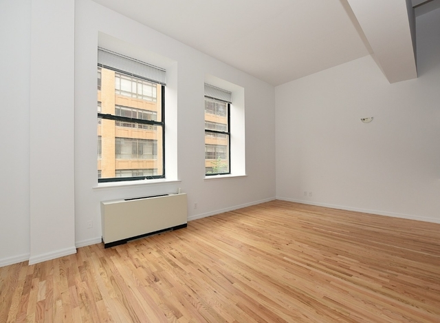 3 Bedrooms, Gramercy Park Rental in NYC for $4,715 - Photo 2