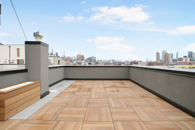 3 Bedrooms, Greenpoint Rental in NYC for $4,525 - Photo 2