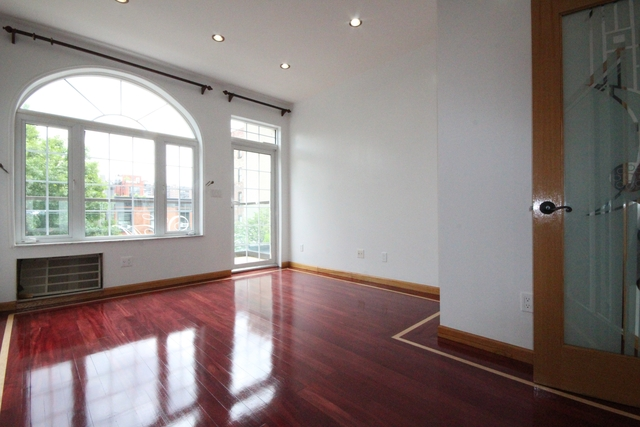 4 Bedrooms, East Williamsburg Rental in NYC for $5,000 - Photo 2