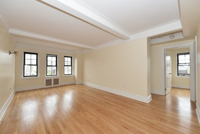 2 Bedrooms, Gramercy Park Rental in NYC for $3,137 - Photo 2