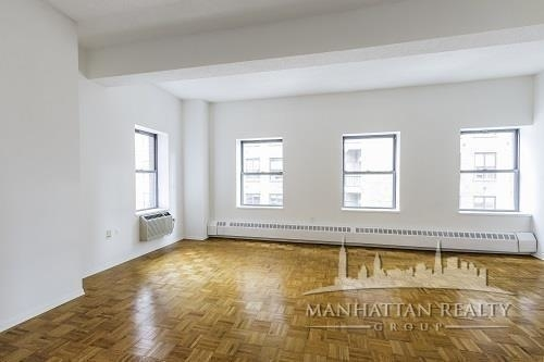 3 Bedrooms, Chelsea Rental in NYC for $5,150 - Photo 2
