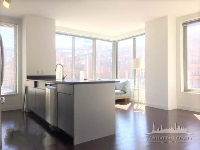 2 Bedrooms, Tribeca Rental in NYC for $4,200 - Photo 2