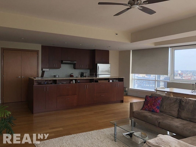 3 Bedrooms, Williamsburg Rental in NYC for $6,495 - Photo 2