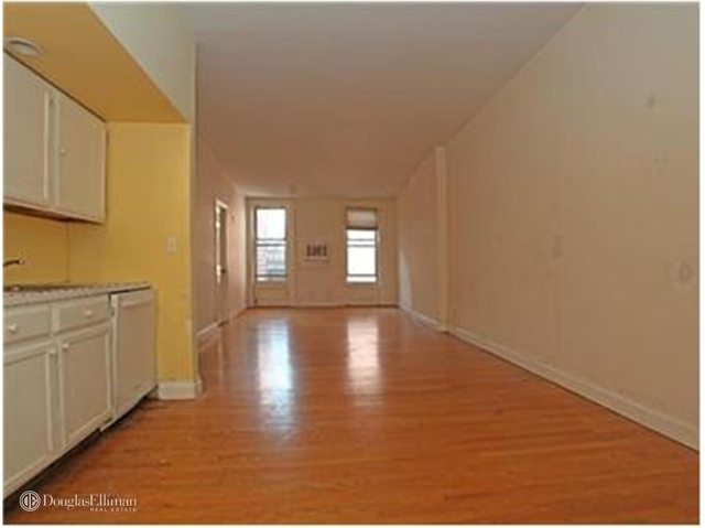 2 Bedrooms, SoHo Rental in NYC for $4,900 - Photo 1
